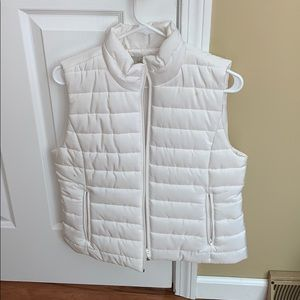 Loft WHITE Puffer Vest- great for spring and fall!